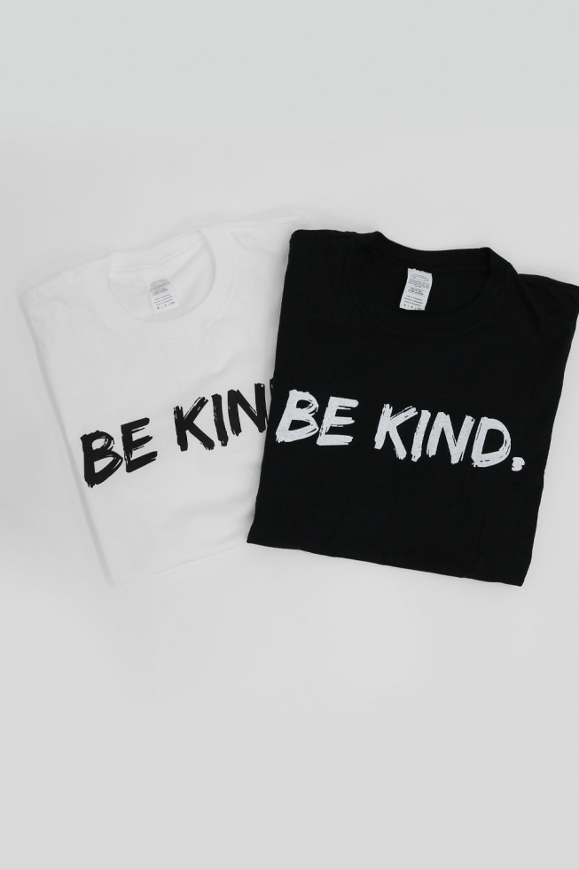 Be Kind Oversized T-Shirt
