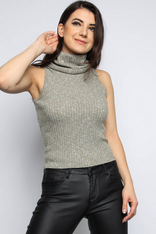 Knitted Ribbed Top